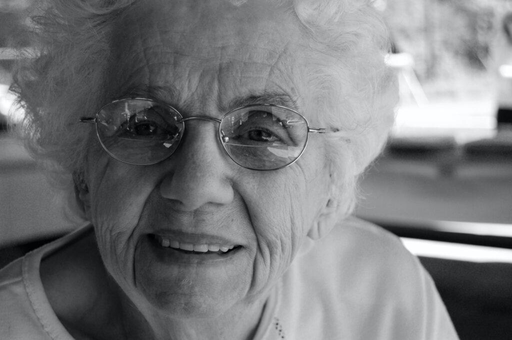 बुजुर्गों के लिए मौखिक स्वच्छता